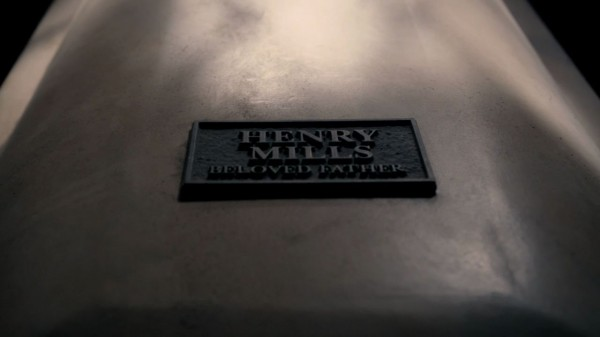 Henry Mills beloved father (S1E07)