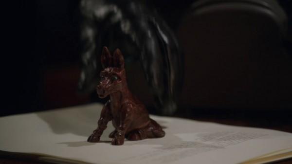 August's wooden donkey (The Return-s01e19)
