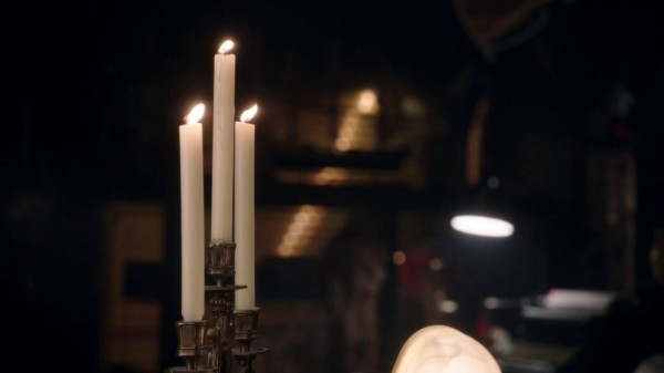 Candles flicker when Emma walks into Mr Gold's (A Land Without Magic-s01e22)