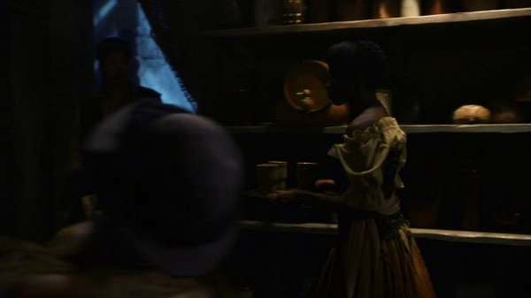 Possible Frog Princess in the bar (The Crocodile-2x04)
