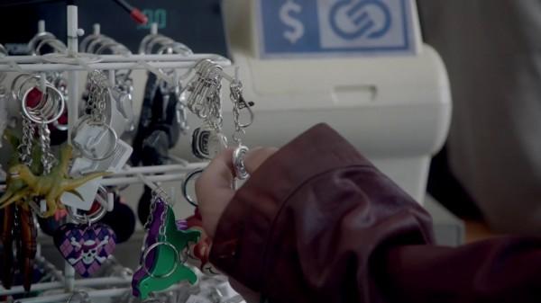 Keychains (Tallahassee-2x06)