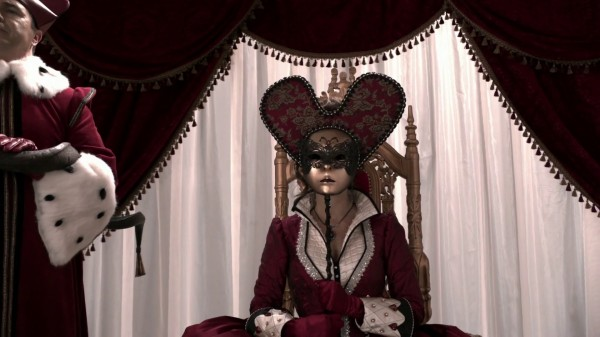 Wonderland Queen (Queen of Hearts-2x09)