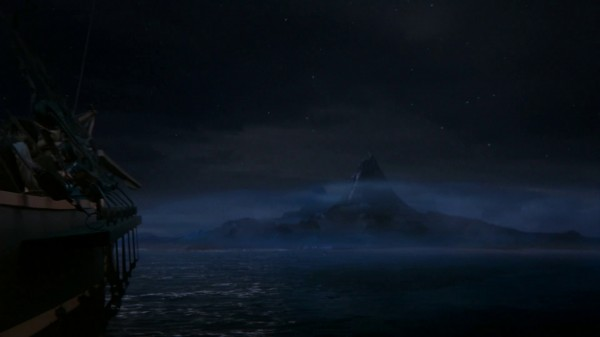 Neverland from a distance (2x22-And Straight on 'til Morning)