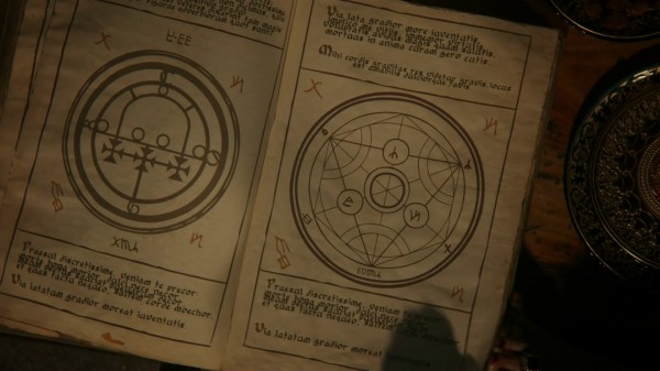 Book of spells and beasts 1 (1x03 Forget Me Not)
