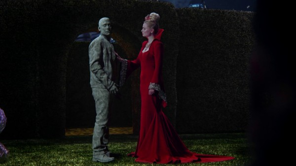 Once Upon a Time in Wonderland 1x04 The Red Queen and Will Knave of Hearts