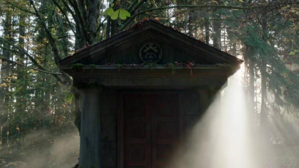 3x09 Save Henry - Regina's Vault