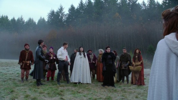 Characters Back in the Enchanted Forest (3x12 New York City Serenade)
