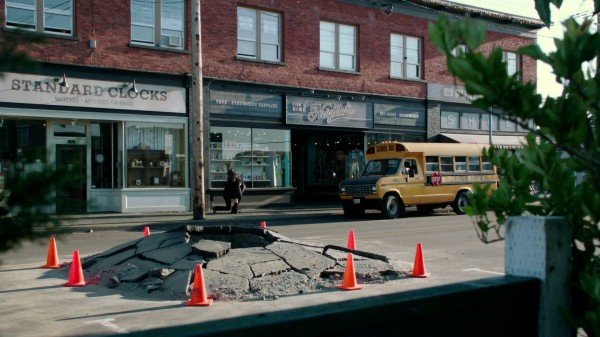 Hole in Storybrooke OUAT 2x03 Lady of the Lake - 1x11 Heart of the Matter