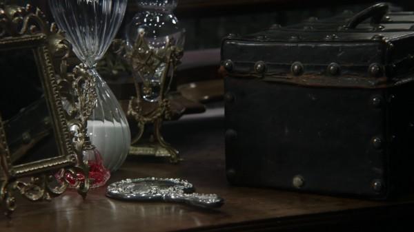 Regina's Favorite Hand Mirror Sidney - 3x13 Witch Hunt