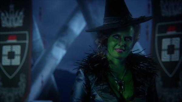 Zelena Trying On Regina's Dress - 3x13 Witch Hunt