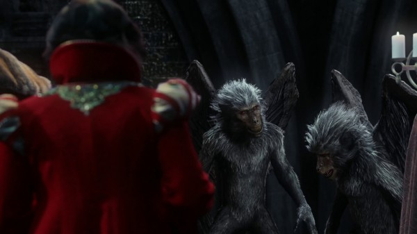 Aurora and Phillip are flying monkeys (3x19 A Curious Thing)