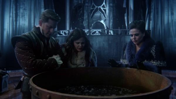 Charming, Snow, and Regina prepares the dark curse (3x19 A Curious Thing)