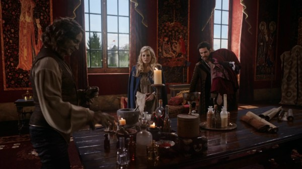 Rumple Emma Hook - 3x22 There's No Place Like Home