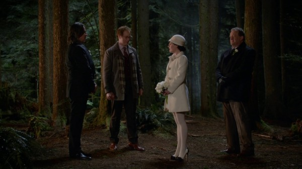 Rumple and Belle Wedding - 3x22 There's No Place Like Home