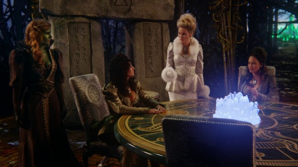 Witches Round Table Writing on the Stone - 3x20 Kansas