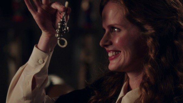 Once Upon a Time Third Season Disc Review - Zelena Baby Gift