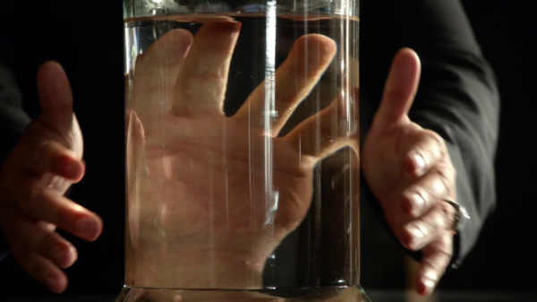 Once Upon a Time 2x04 The Apprentice - Captain Hook's hand