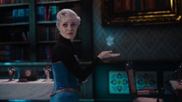 Once Upon a Time 4x06 Family Business - Elsa learning to control her powers