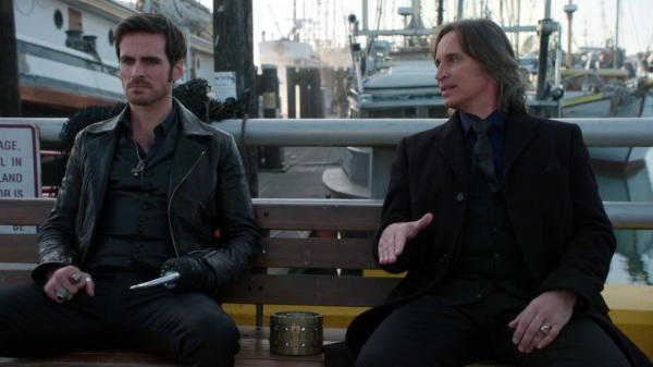 Once Upon a Time 4x09 Fall - Hook and Gold talking in the docks