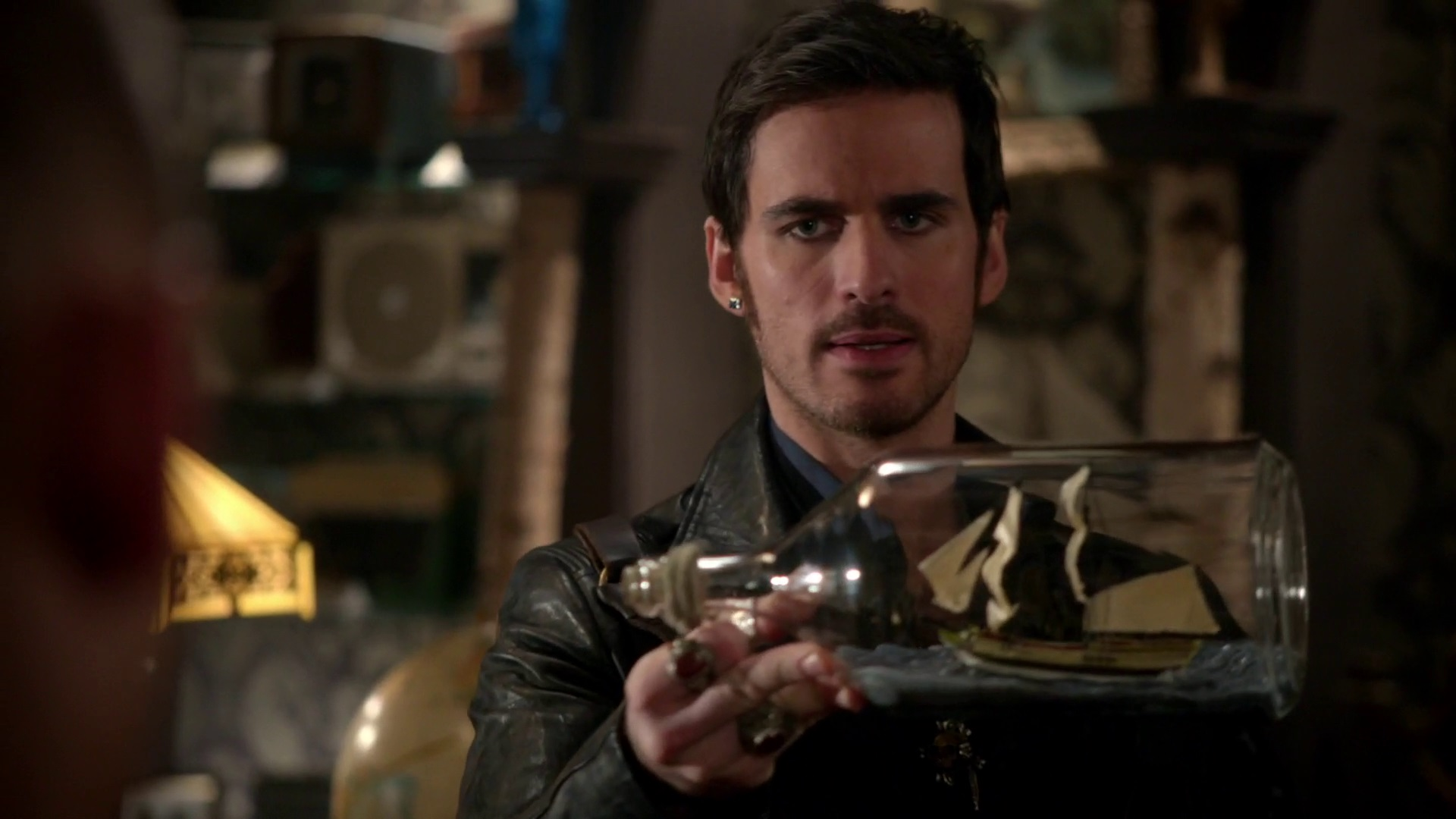 Once Upon A Time 4x16 Poor Unfortunate Soul Hook Holds Mini