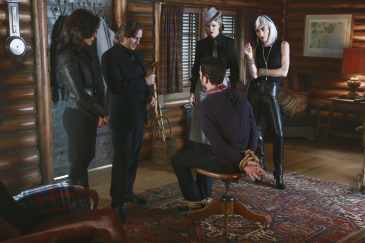 Once Upon a Time podcast 4x16 Poor Unfortunate Soul - Regina, Gold, Maleficent and Cruella torturing August