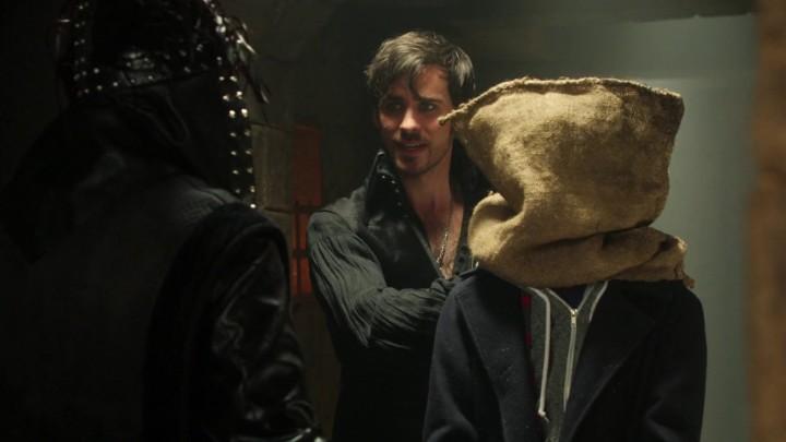 Henry and Hook in Wookie Prisoner Gag 4x22 Operation Mongoose