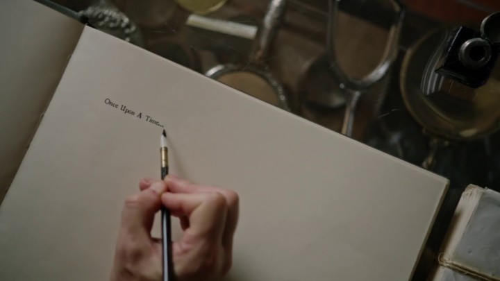 Once Upon a Time podcast 4x21 Mother - Isaac writing Once upon a time on Heroes and Villains book