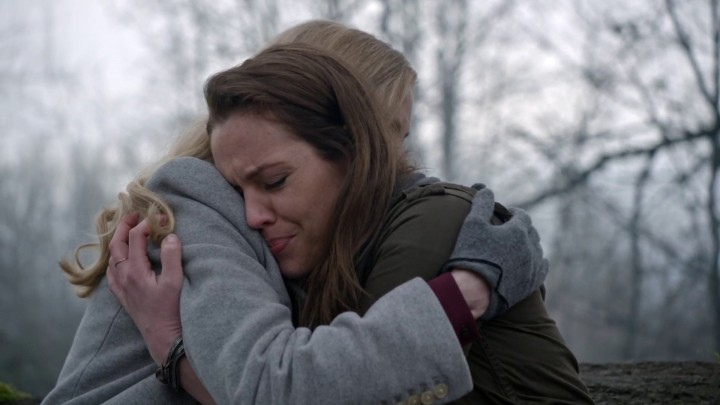 Once Upon a Time 4x21 Mother - Maleficent and Lily hugging