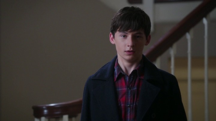 Henry reacts to Emma's taking Violet's heart 5x05 Dreamcatcher