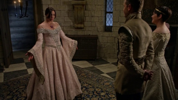Once Upon a Time 5x02 The Price - Snow and Charming teaching Regina to dance