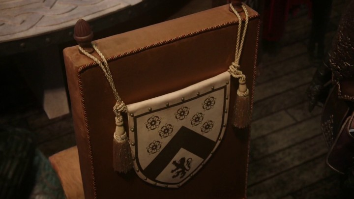 Once Upon a Time podcast 5x03 Siege Perilous - Charming crest in siege perilous