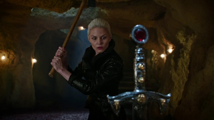 Once Upon a Time 5x03 Siege Perilous - Dark One Emma using Happy's pickaxe