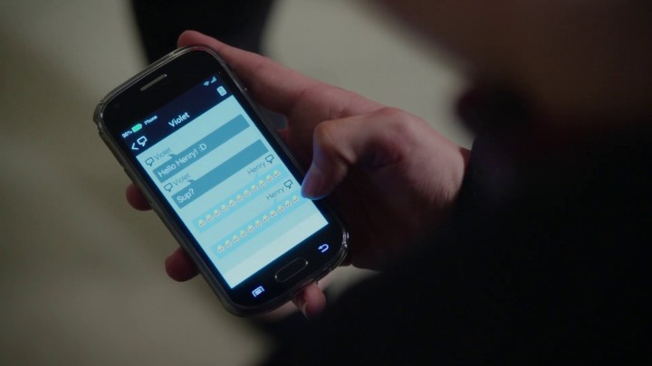 Once Upon a Time 5x05 Dreamcatcher - Henry texts Violet