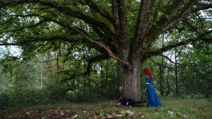 Once Upon a Time 5x05 Dreamcatcher - Merida and Rumple in hero training Merlin tree