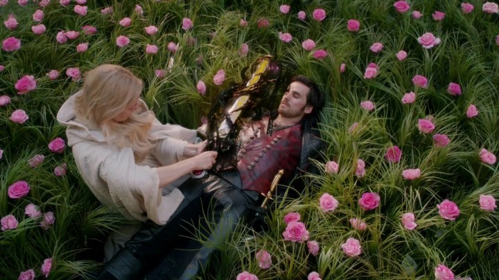 Once Upon a Time 5x08 Birth - Emma tethering Hook to the Excalbur
