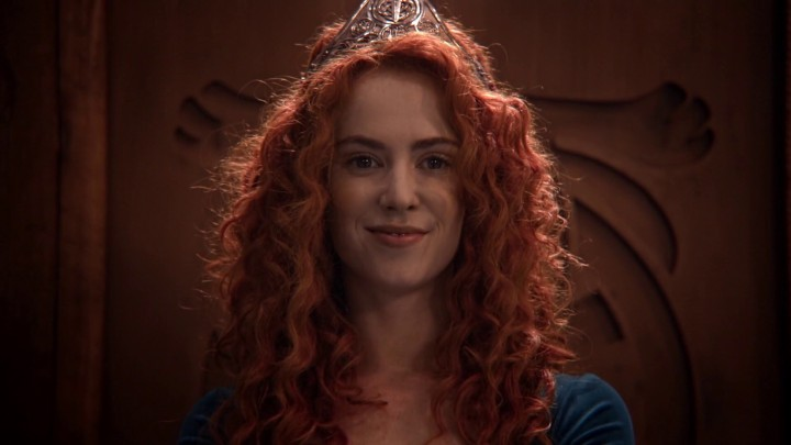 Once Upon a Time 5x09 The Bear King - Merida crowned Queen