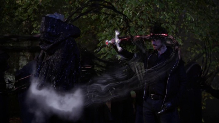 Once Upon a Time 5x11 Swan Song - Hook putting darkness into him
