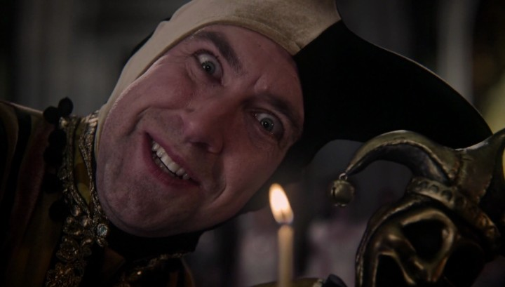 Once Upon a Time 5x12 Souls of the Departed - Jester at the Evil Queen's birthday party