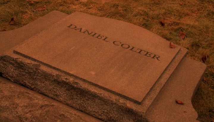 Once Upon a Time 5x14 Devil's Due - Daniel Colter grave in the Underworld