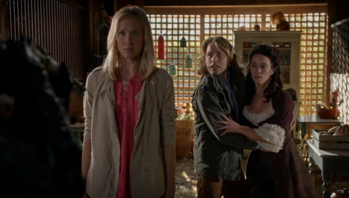 Once Upon a Time 6x03 The Other Shoe - Ashley protects Jacob and Clorinda from Lady Tremaine at Pumpkin farm