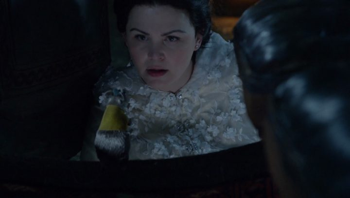 Once Upon a Time 6x03 The Other Shoe - Snow White talking to Gus
