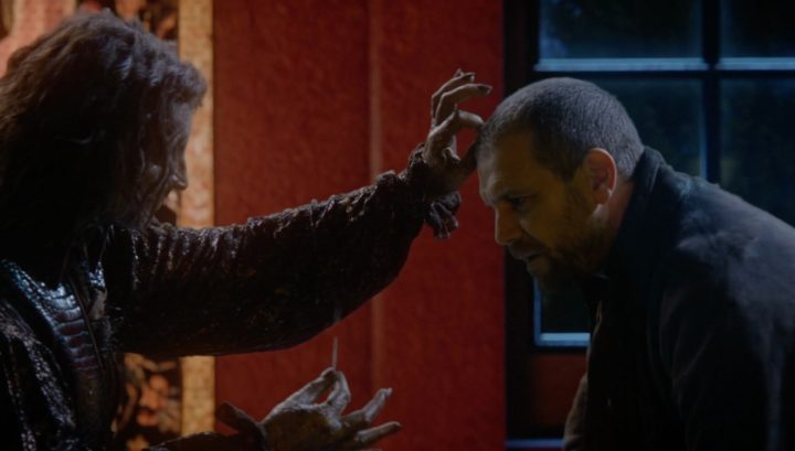 Once Upon a Time 6x12 Murder Most Foul - Rumple plucks hair from Robert