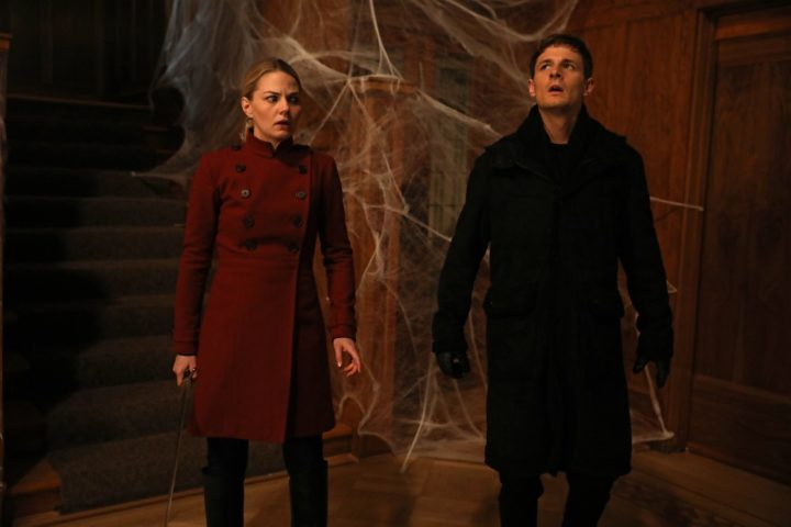 Once Upon a Time podcast 6x16 Mother's Little Helper - Emma helps Gideon defeat spider