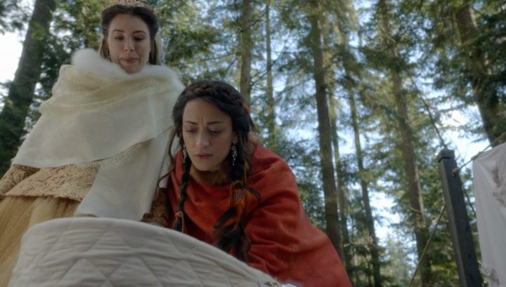 Once Upon a Time 6x19 The Black Fairy - Fiona and Tiger Lily checking on babies