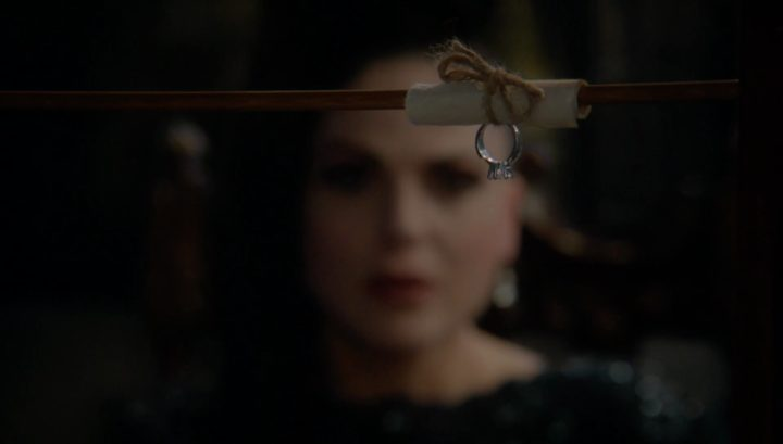Once Upon a Time 6x21 6x22 The Final Battle - Robin proposed to the Evil Queen