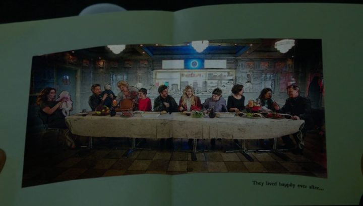 Once Upon a Time 6x21 6x22 The Final Battle - Story book last supper page