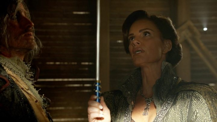 Once Upon a Time 7x02 A Pirate's Life - Lady Tremaine holding fairy's wand