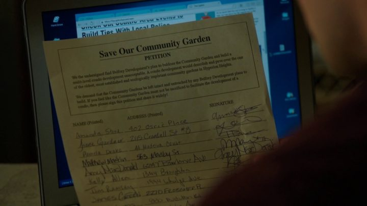 Once Upon a Time 7x03 The Garden of Forking Paths - Jacinda petition not to take down community garden