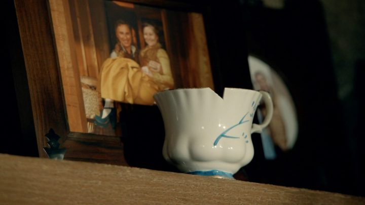 Once Upon a Time podcast 7x04 Beauty - Belle's chipped cup