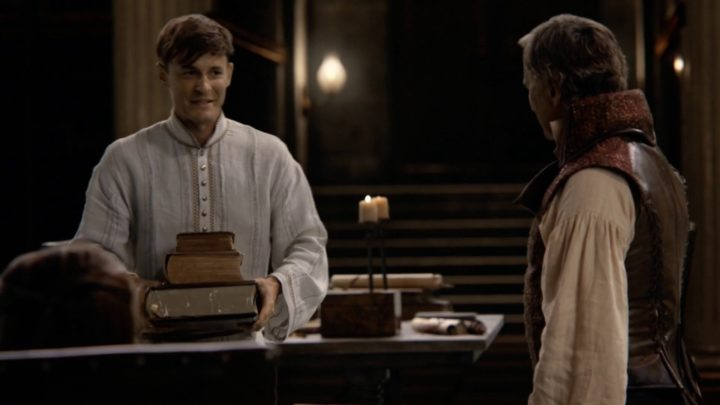 Once Upon a Time 7x04 Beauty - Gideon holding books